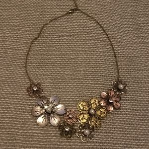 3/$20 🎈Metal flowers necklace
